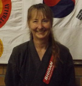 Maureen Thomas Shi-Gan Martial Arts Waratah Instructor